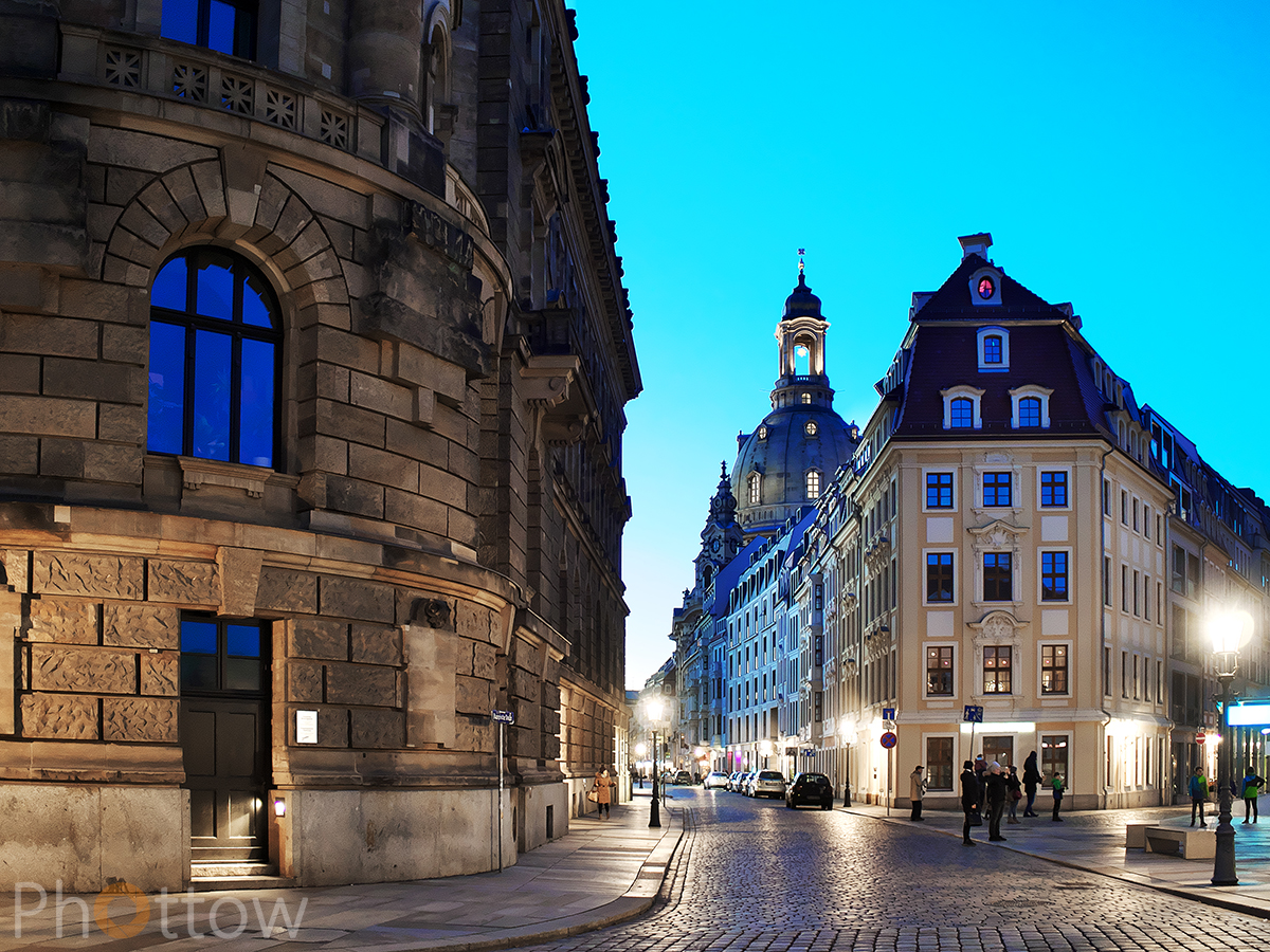 Dresden, Terassenufer - Olympus OM-D EM-1, 34 mm - f1.8 - ISO800 - 1/30 s (Freihand)