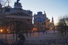Dresden, Terassenufer - Olympus OM-D EM-1, 34 mm - f1.8 - ISO400 - 1/80 s